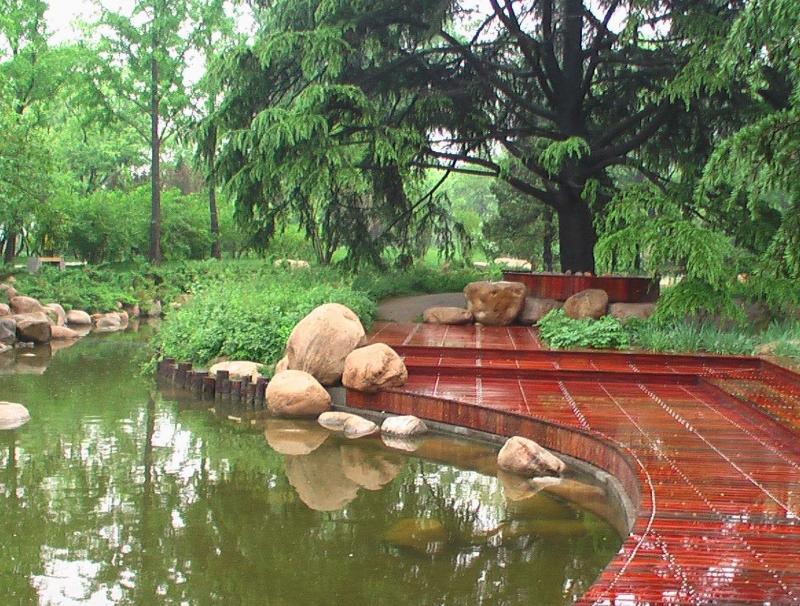 园林景观中防腐木易出现的问题及解决办法